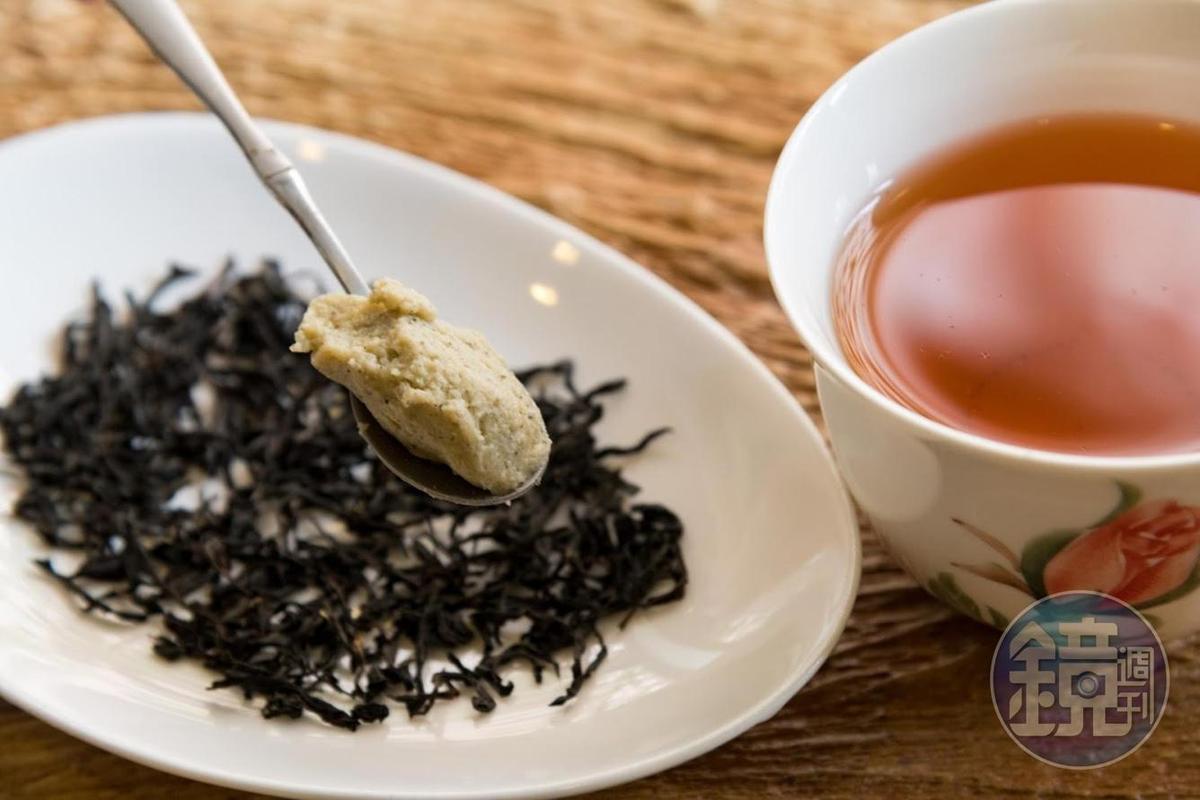 木柵農會生產的「韻紅」紅茶滋味醇厚,吳家麟運用作為麵包內餡。