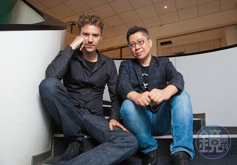荷蘭導演王洪飛(左)執導的《小玩意》,資金100%來自台灣,並由前景娛樂公司的黃茂昌擔任監製。