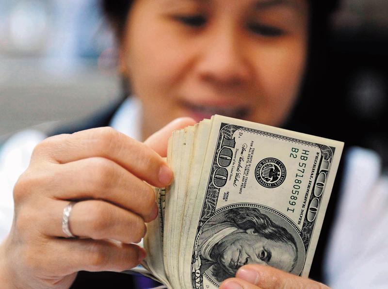 美國經濟好,美元走強是趨勢,台股在外資撤離下,表現恐怕不會太好。(東方IC)