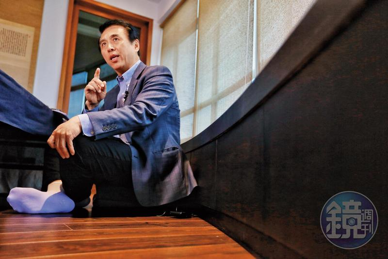 國民黨桃園市長參選人陳學聖(圖)接受本刊專訪,強調不同於現任桃園市長鄭文燦是公關市長,他要成為踏實的市長,替桃園做大建設、找到大方向。