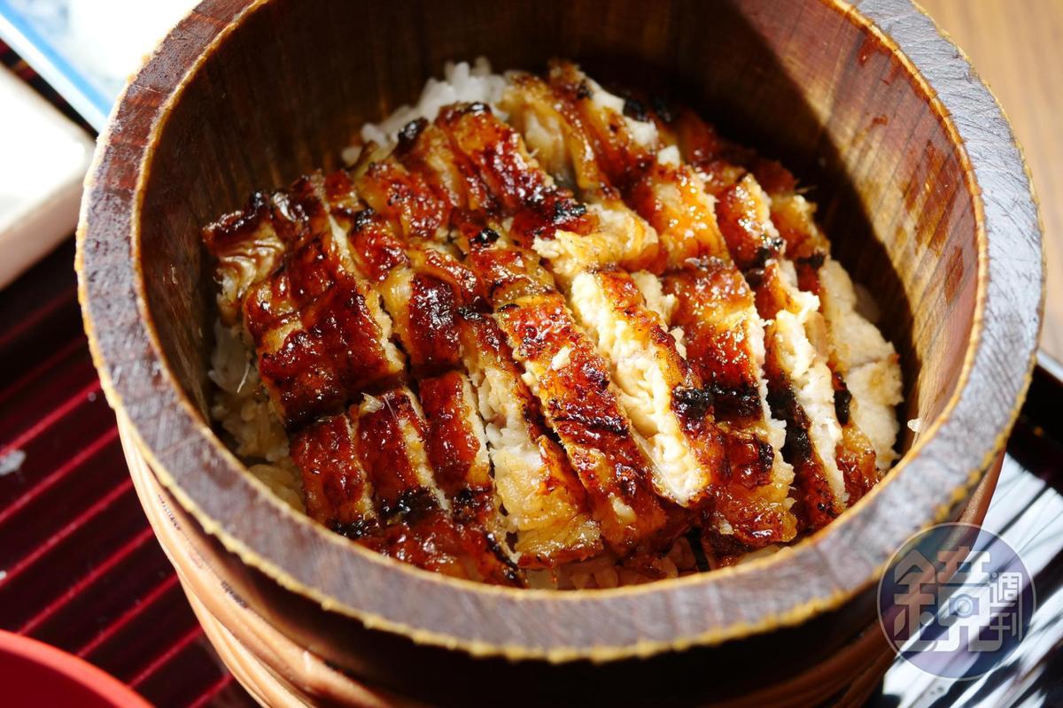 名古屋一帶發跡的「鰻櫃定食」,可品嘗到原味、加蔥花、茶泡飯等三種吃法。(售價待補)