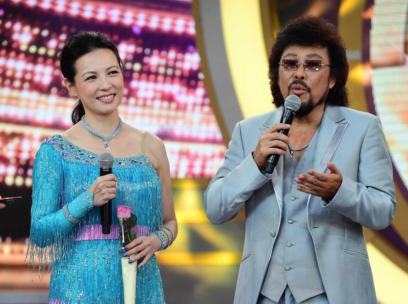 陳孝萱曾跟張菲一起主持節目,事隔多年兩人仍默契十足。(華視提供)