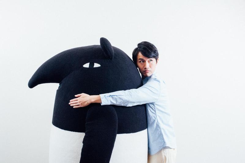 圖文插畫家Cherng與手搖飲料「珍煮丹」跨界合作,讓「馬來貘」穿上功夫裝。(華研提供)