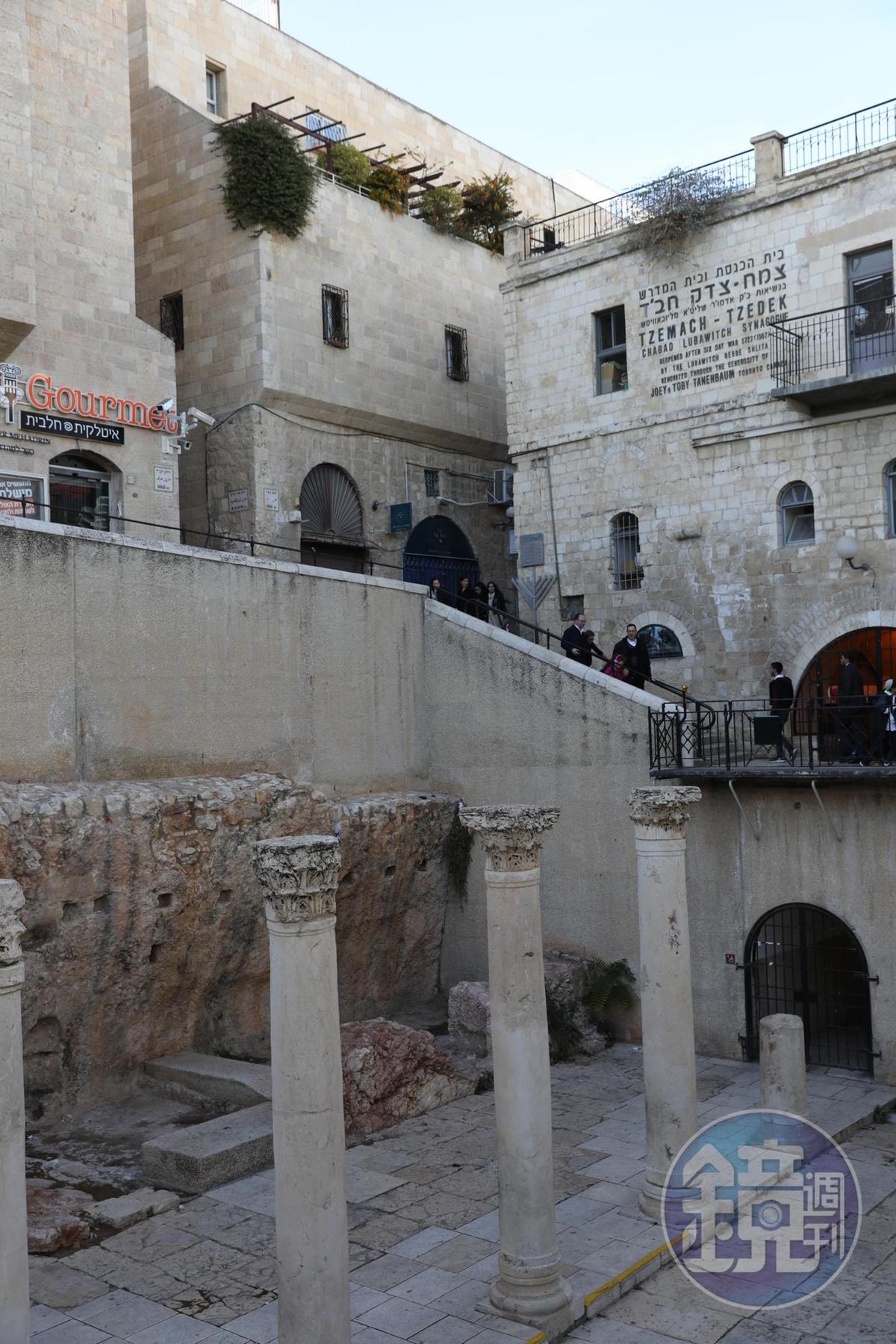猶太人區裡保留著數世紀前的商店遺跡。