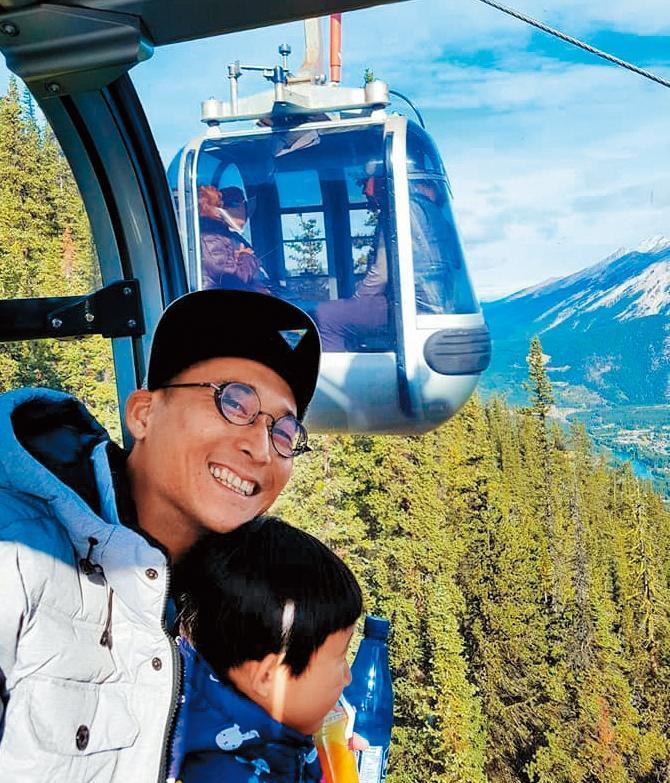 浩子為了體驗人生,停工1年帶著老婆小孩去環遊世界。(翻攝自浩角翔起粉專)