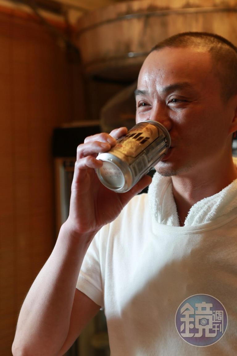 老闆已經戒酒,他說以後不要找他喝。
