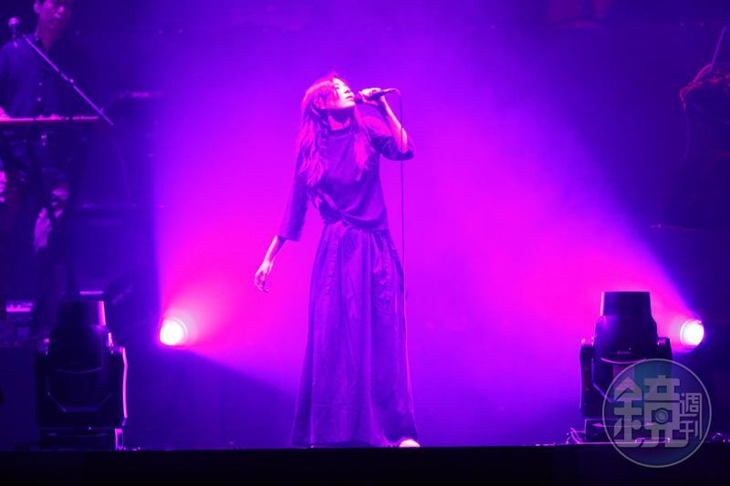 安溥首次開唱小巨蛋,不改率性風格。