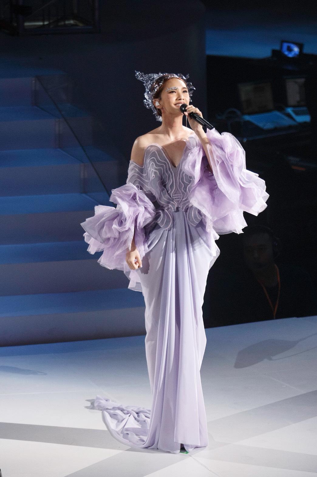 楊丞琳是廣東人,卻第一次到廣州舉行演唱會,感觸特別多。(台灣太陽娛樂提供)
