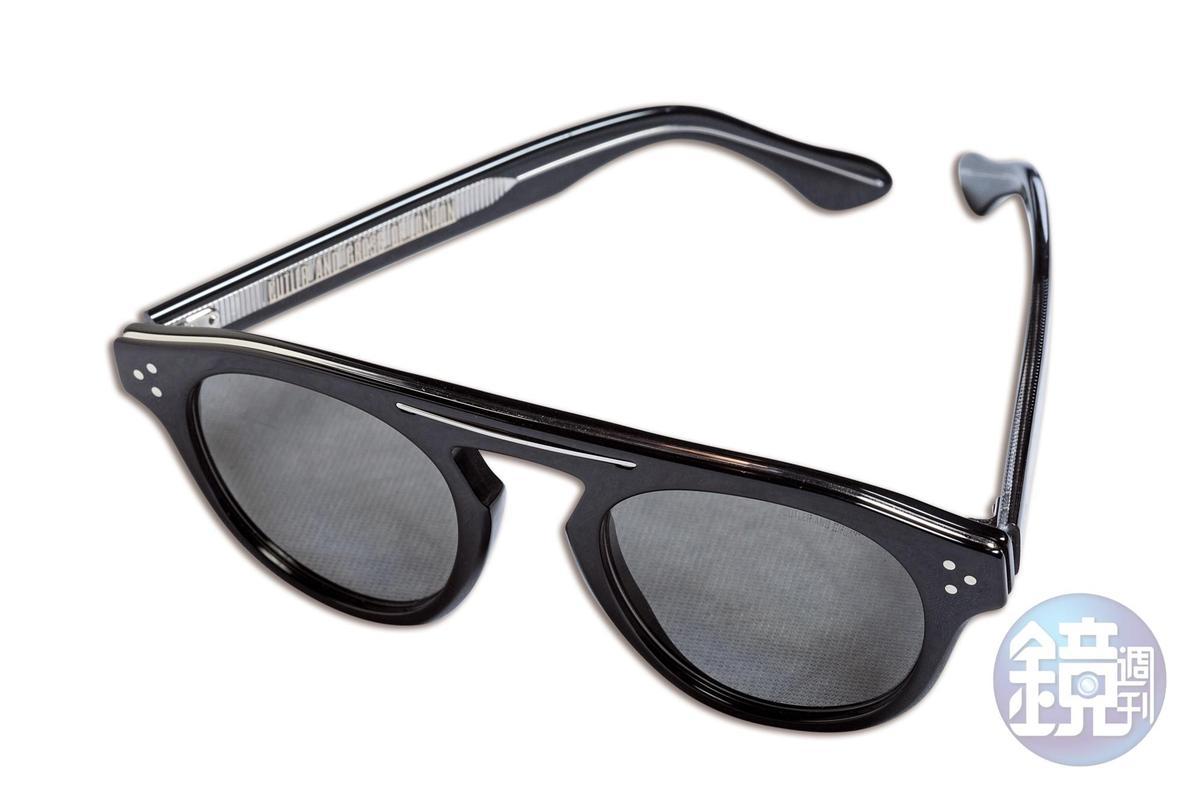 CUTLER & GROSS黑色板材太陽眼鏡,NT$15,000。