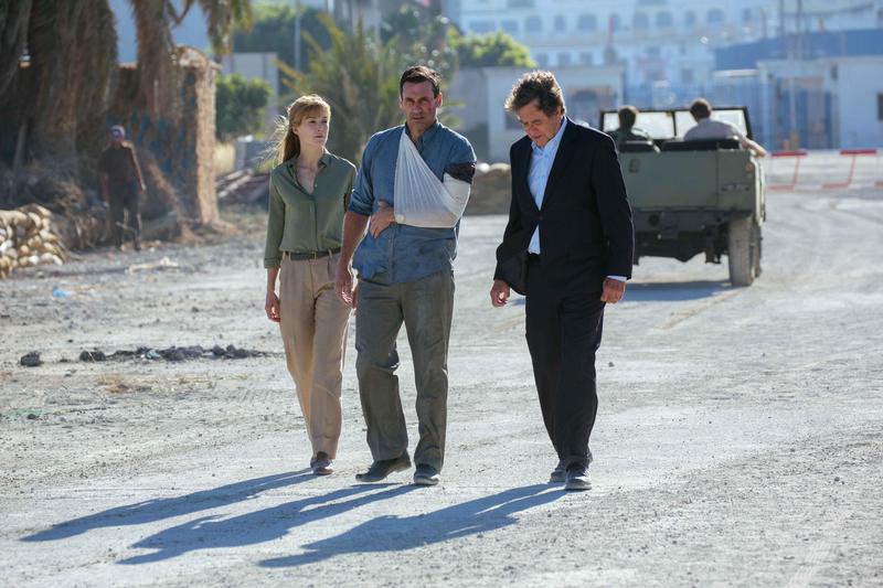 《高壓行動》全片在摩洛哥拍攝,描述一場在貝魯特發生的綁架營救行動,主角設定與演員表現俱佳,可惜女主角缺乏發揮。(華映提供)