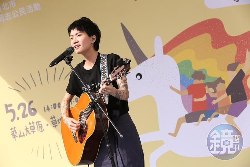 香港歌手盧凱彤在香港墜樓身亡,享年32歲。