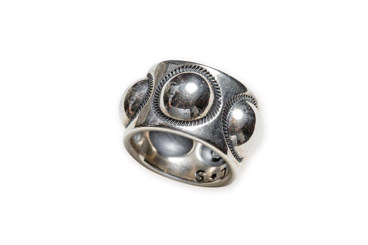 Cody Sanderson戒指,NT$18,100。