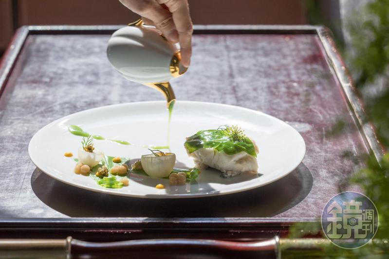 甘鮮的「破布子蒸魚/山蘇魚湯」,魚肉彈實。(2,880元套餐菜色)
