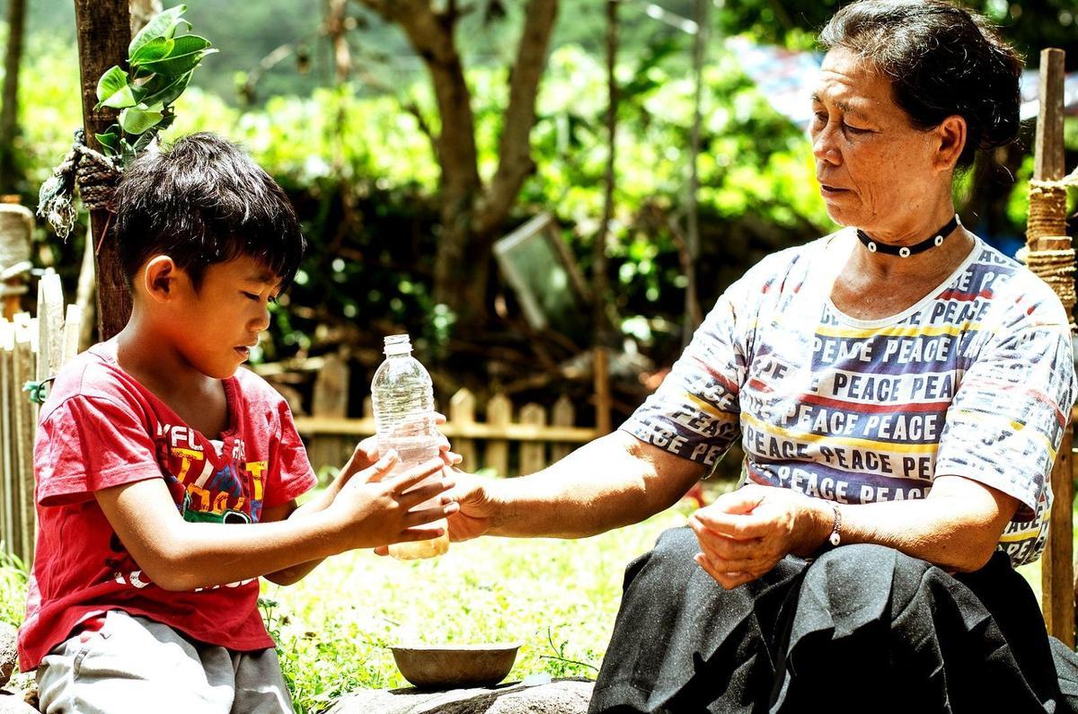 這部《只有大海知道》由崔永徽導演執導、蘭嶼居民全力協拍的電影,將於本週五(6/8)在蘭嶼舉辦國際首映,並於6月15日在台上映。(海鵬提供)