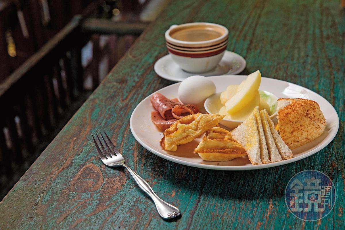 一日之計在於晨,夫妻倆以豐富早餐、現煮咖啡款待房客。
