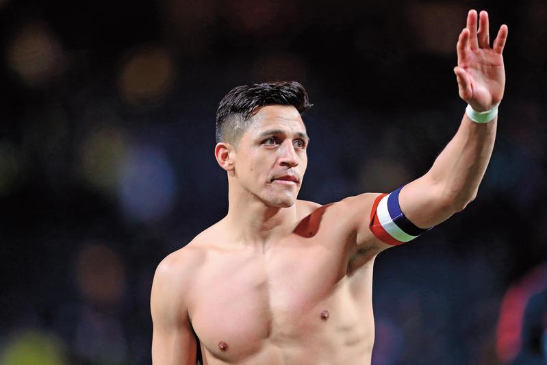 世界排名前10的「南美紅魔」智利,有效力英超豪門曼聯的明星前鋒桑契斯(Sánchez)。(東方IC)