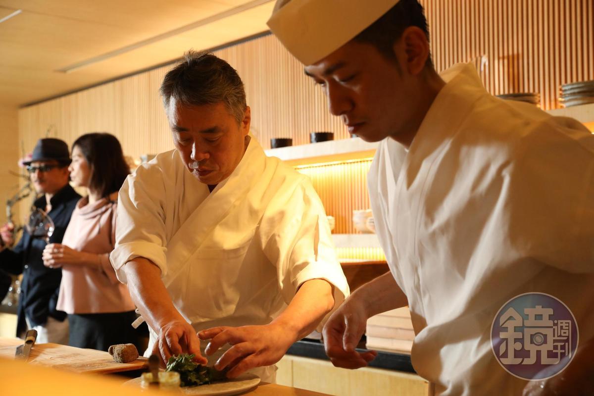 東京米其林三星名廚神田裕行也是《神之雫》粉絲,這次依據漫畫裡的酒單設計菜色。