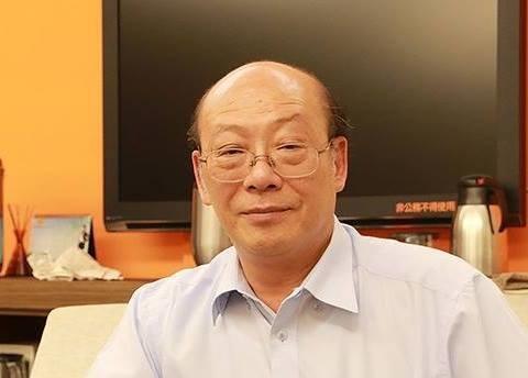 台大教授李茂生在臉書指出有法院替代役男替法官寫判決,最後再由法官簽名及填刑度。(翻攝自李茂生臉書)