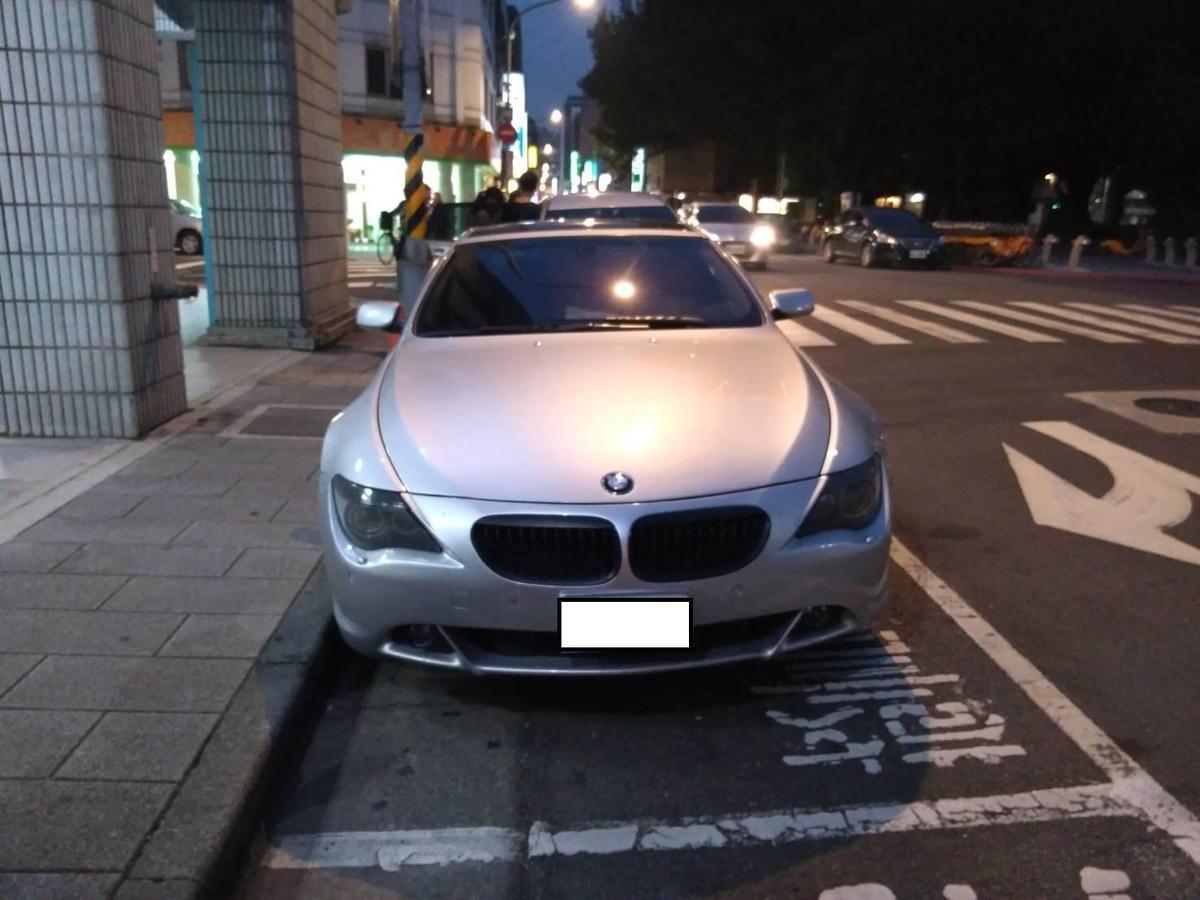 警方查扣BMW汽車1輛等證物,全案將謝嫌等人以詐欺罪、組織犯罪、洗錢防制法移送偵辦。(警方提供)