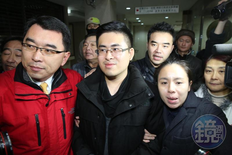 王炳忠等人在2015年間以「星火T計劃」發展共諜組織,從檢方起訴內容可見,階段大致分成三部曲。