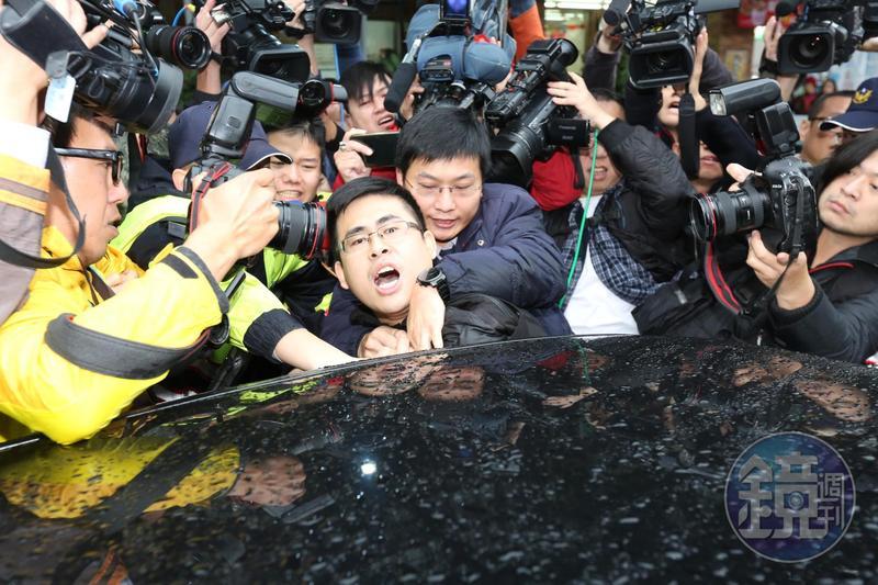檢調查出,王炳忠還接受「國台辦」組織訓練。