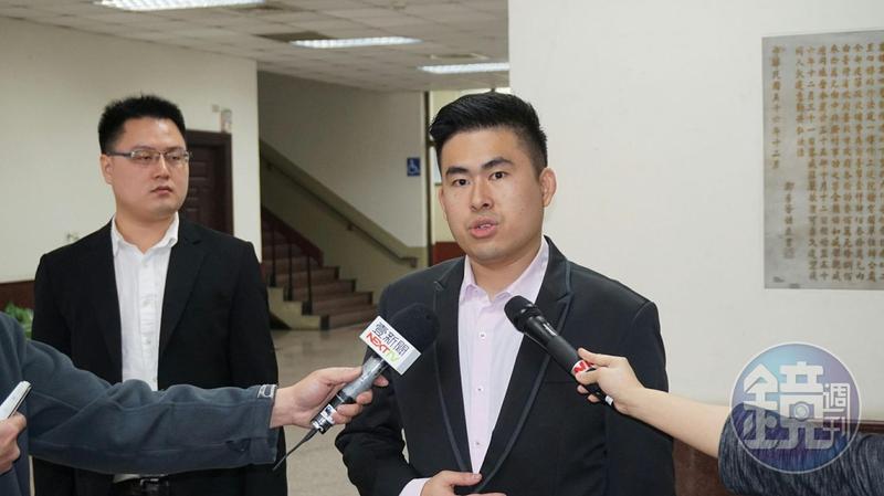 王炳忠等人涉透過地下匯兌換錢發展共諜組織,今被依國家安全法起訴。