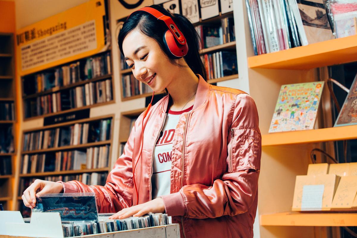 四千萬首音樂想聽就聽,一個月只要99元超划算。
