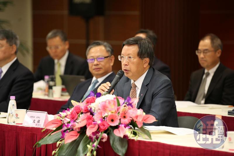 永豐金股東會新團隊首度上陣,面對小股東提問,翁文祺四兩撥千金。