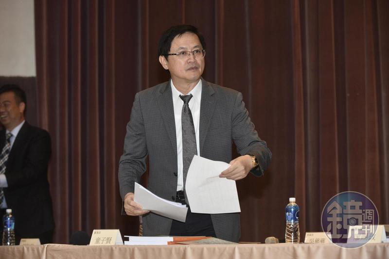 21日召開股東會的和碩董事長童子賢表示,國際局勢變化多端,但新環境與新風險對和碩也許是成長的新契機。