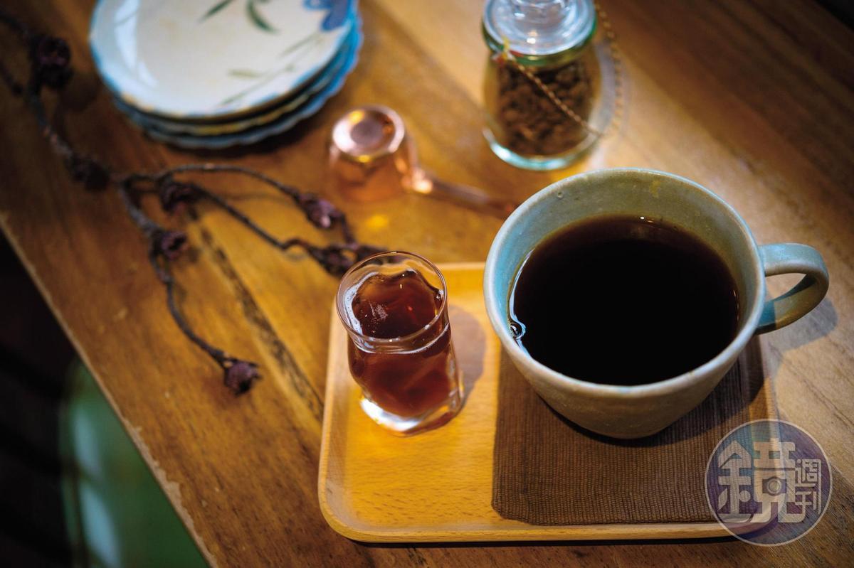 手沖的「單品咖啡」,口感多屬中淺焙。(160元/杯)