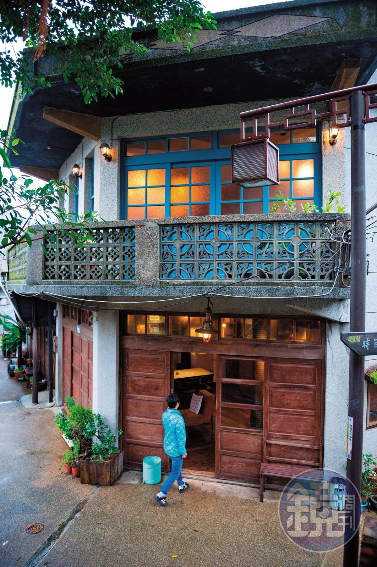 二層樓的洋樓外觀散發古樸氛圍。