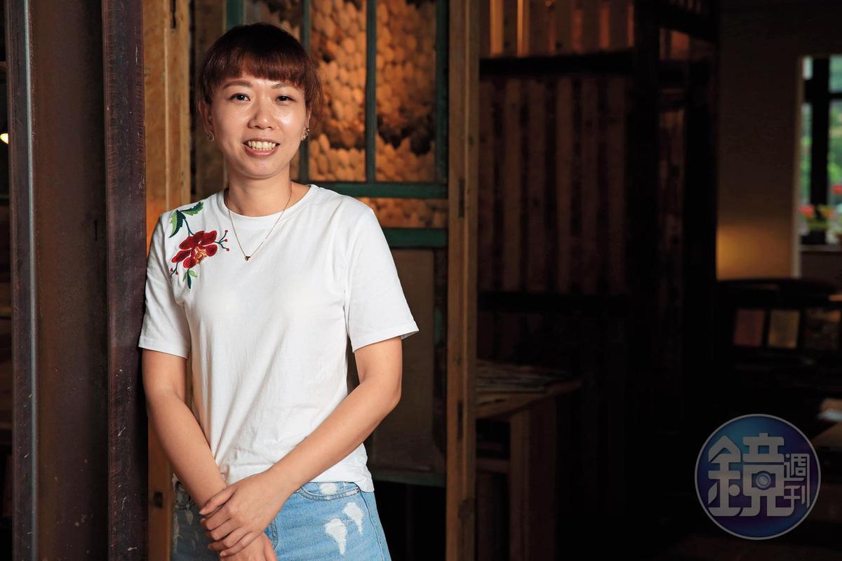 7年級的女主人江琇鈴笑說,自己學的是會計,客人卻常問她:「這樣做生意,妳有算成本嗎?」
