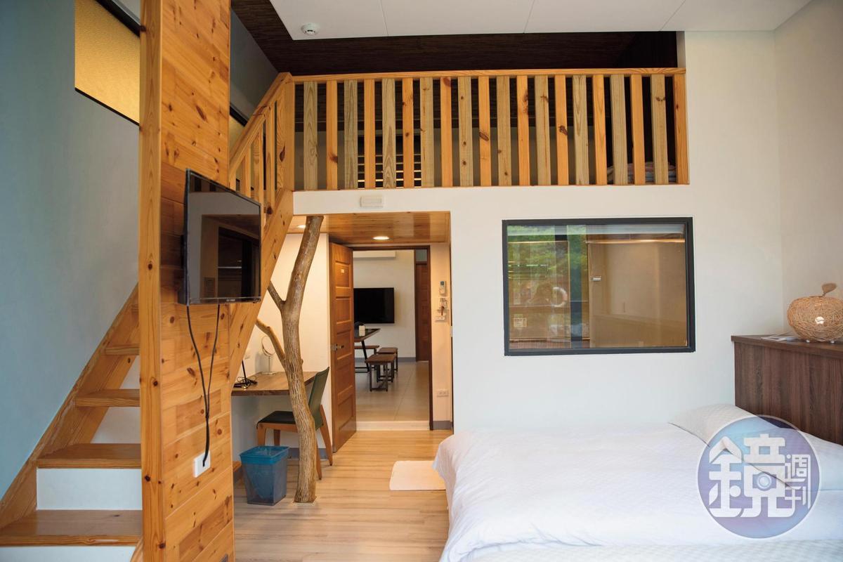櫻花家庭房共有3個房間,含超大客廳及廚房,也可以人頭方式計價。