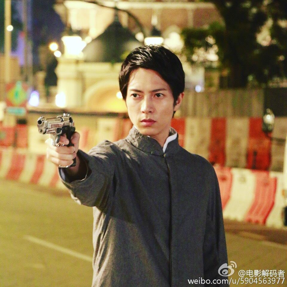 山下智久在電影《解碼遊戲》首度飾演反派角色。(翻攝自解碼遊戲微博)
