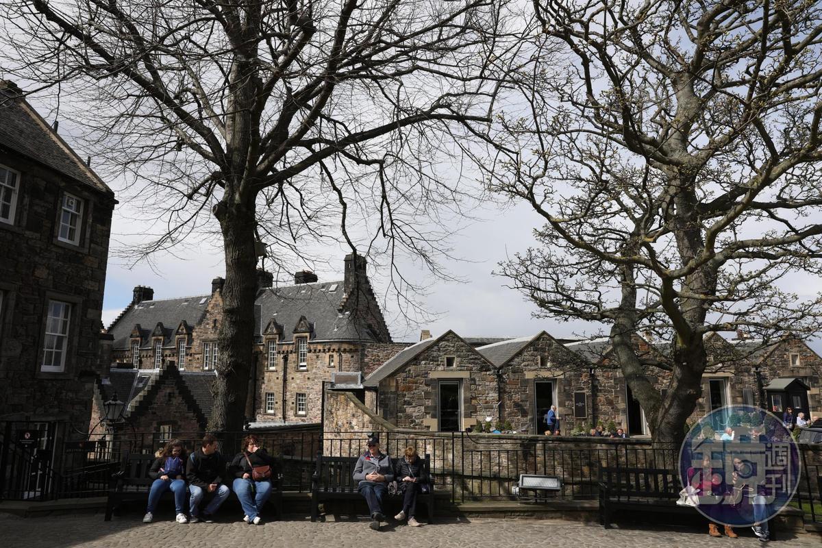 每年有超過140萬人次造訪的愛丁堡城堡,是城市中最熱門的景點。