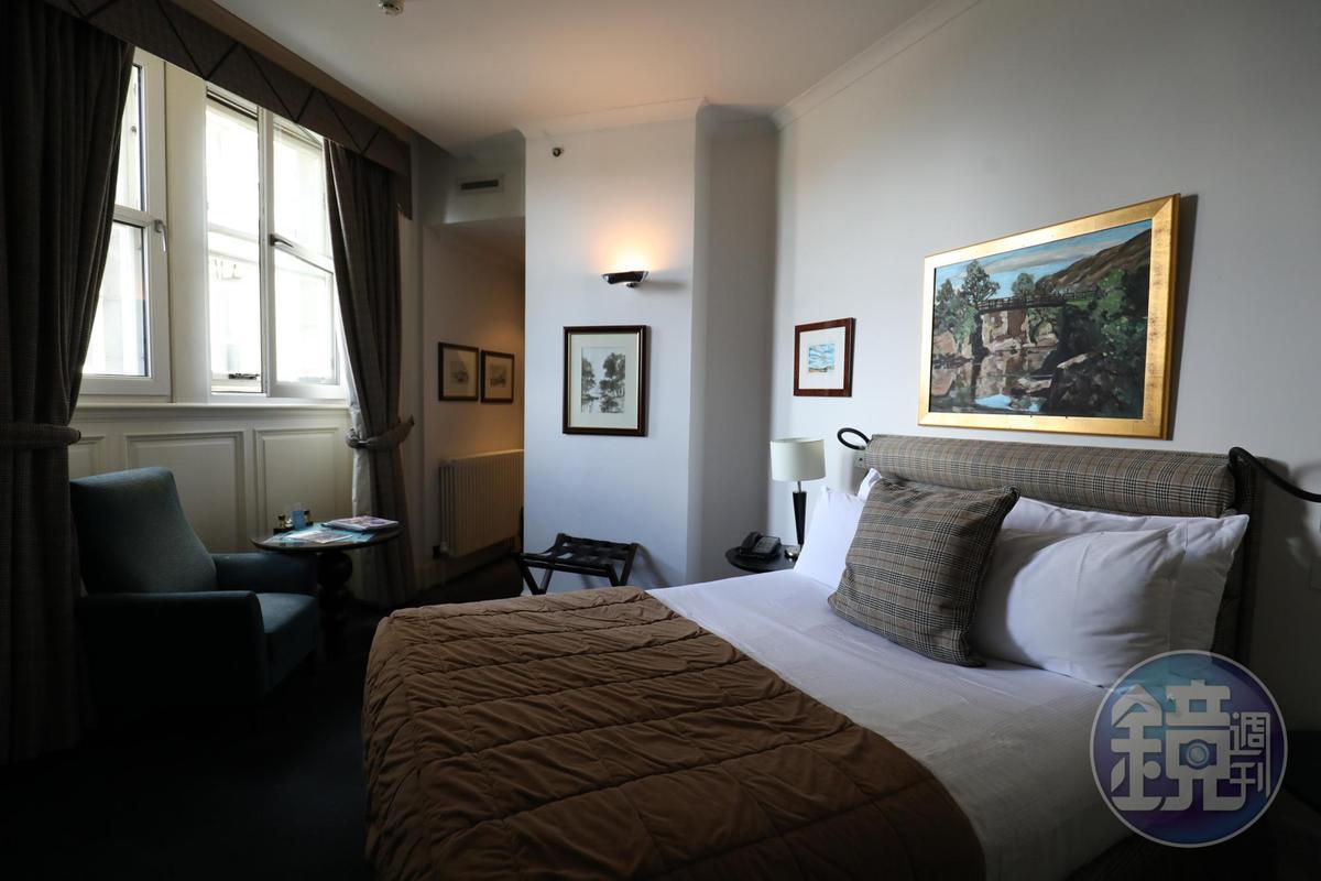 The Scotsman的每間客房的床罩、窗簾、頭枕都飾以不同的蘇格蘭格紋。