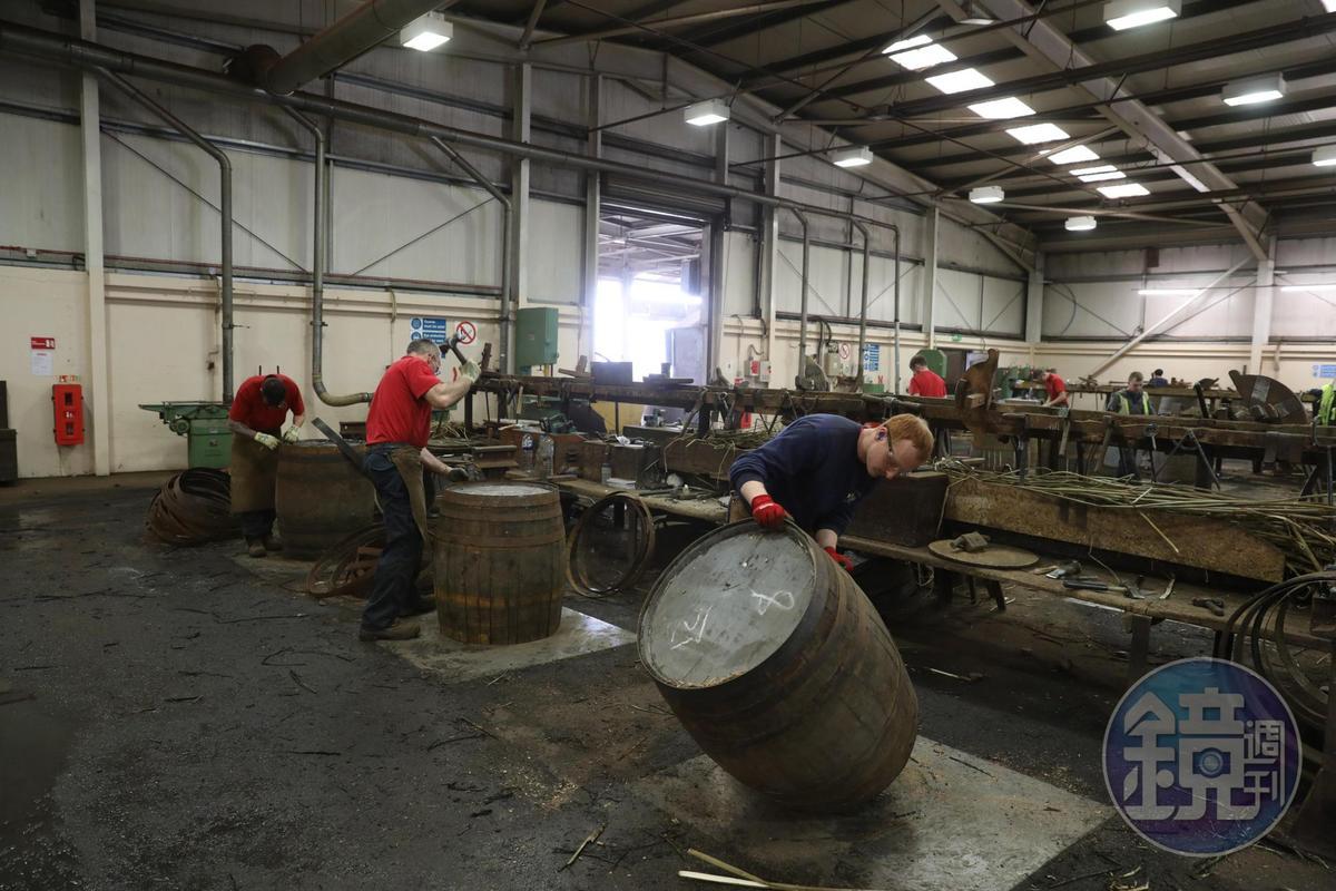 製桶匠是一門專業,養成一位製桶匠約需要4年的時間,出師之後才可獨立做桶。