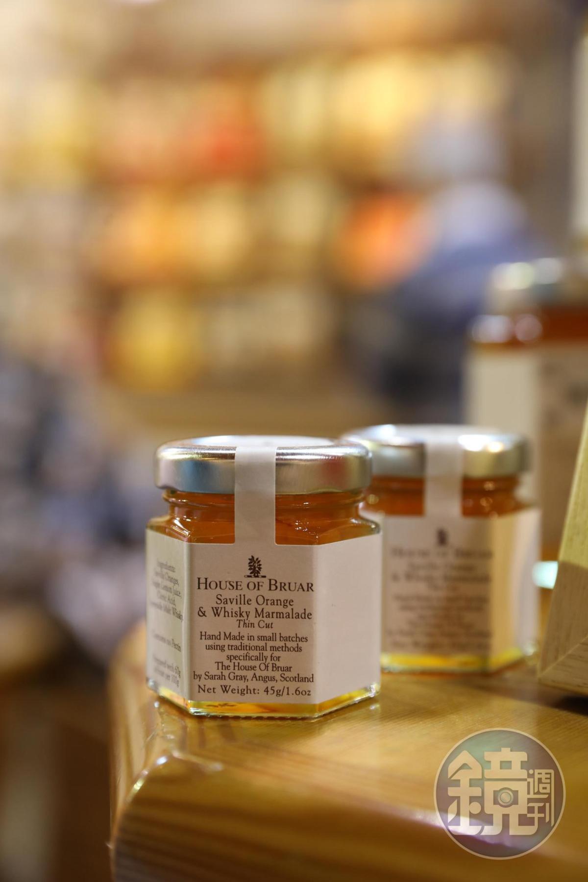 加了威士忌的蜂蜜抹醬,很有斯貝賽的特色。