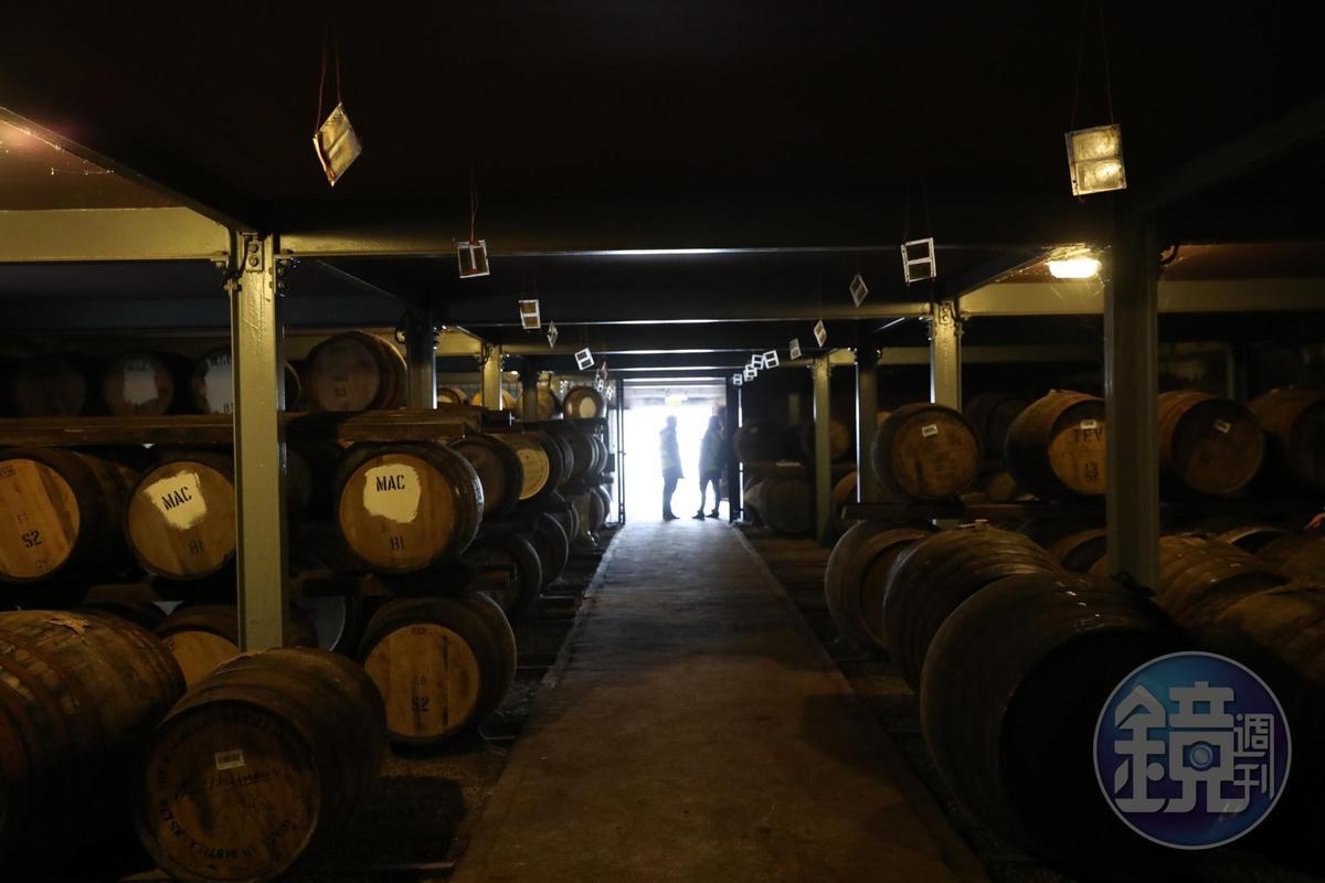 頗有年代感的儲酒倉庫,代表了麥卡倫的輝煌歷史。