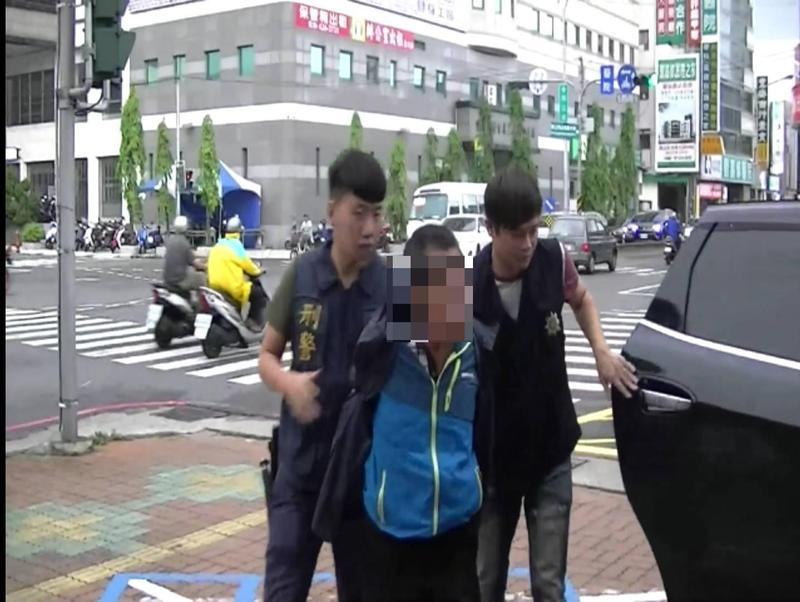 警方在昨天下午5點多在台南逮捕王男,他初步坦承行凶。(警方提供)