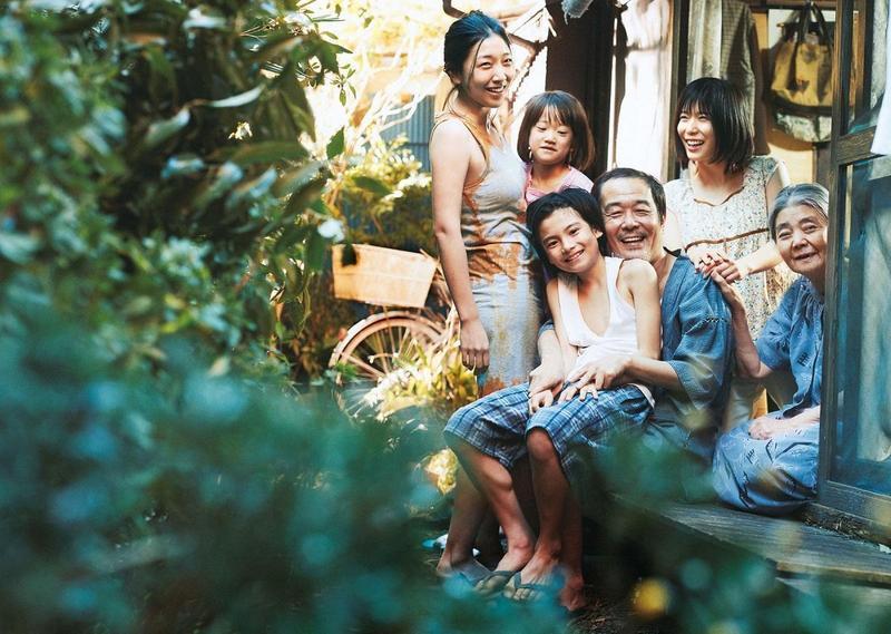 《小偷家族》6月初在日本上映以來,票房已突破新台幣7.5億元,可望成為是枝裕和執導生涯中最佳票房作品。(釆昌國際多媒體提供)