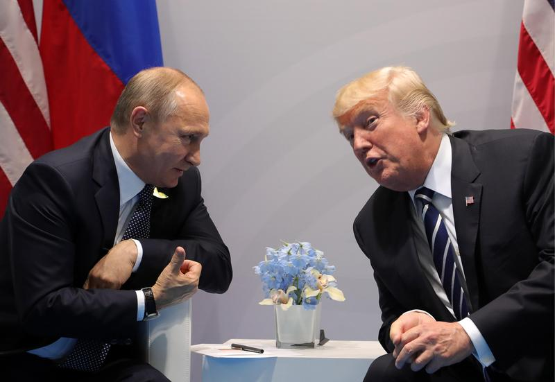 2017年7月7日,美國總統川普與俄羅斯總統普丁兩人在德國漢堡首次進行正式會晤。(東方IC)