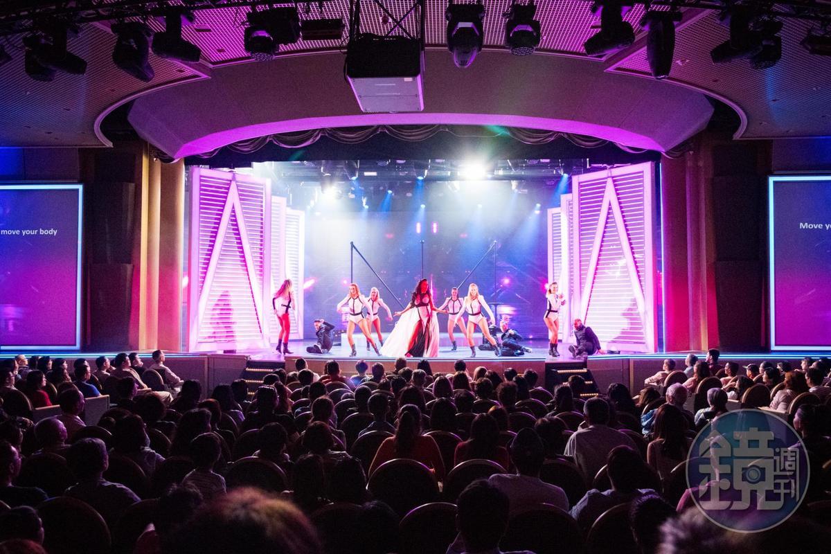 公主劇院每晚都會上演精彩表演秀。
