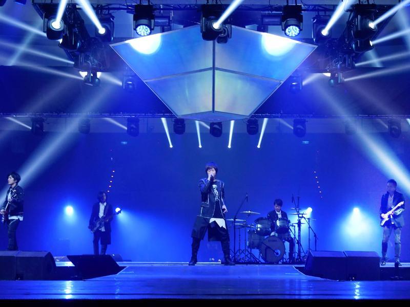 五月天擔任《MCountdown in Taipei》表演嘉賓,將氣氛帶到最高潮。(CJ E&M提供)