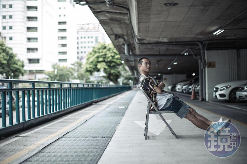 一年的旅程,浩子說平安健康最重要。彷彿有點哲思,「每一趟旅程就跟生命一樣,出發以後總會再回去的。」