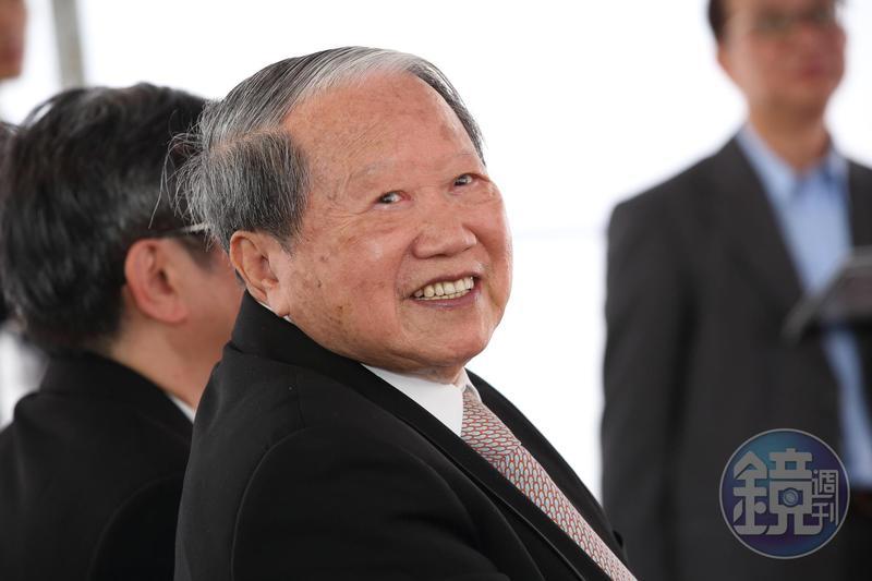 百貨龍頭SOGO經營權之爭,太設章家和遠東徐家纏鬥17年。