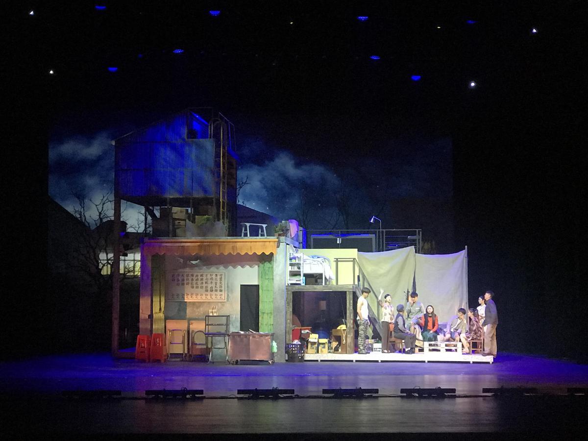 音樂劇《搭錯車》特別設計虛實旋轉舞台斥資千萬。(相信音樂提供)