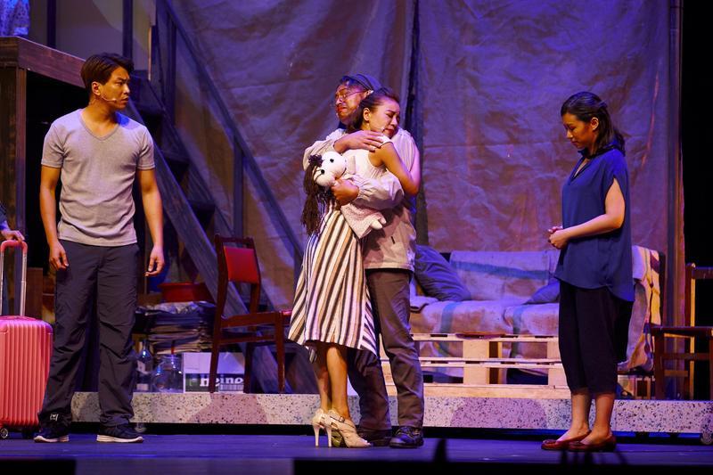 音樂劇《搭錯車》7日晚間在台中首演,感人劇情逼哭台下2000位觀眾。(相信音樂提供)
