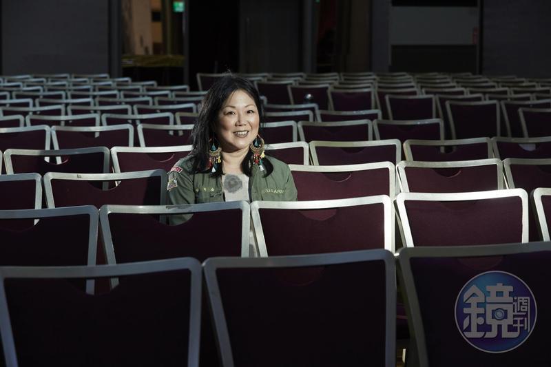 韓裔美籍喜劇演員趙牡丹日前帶著全新單人喜劇節目《Fresh Off The Bloat》巡演亞洲,首次造訪台灣。