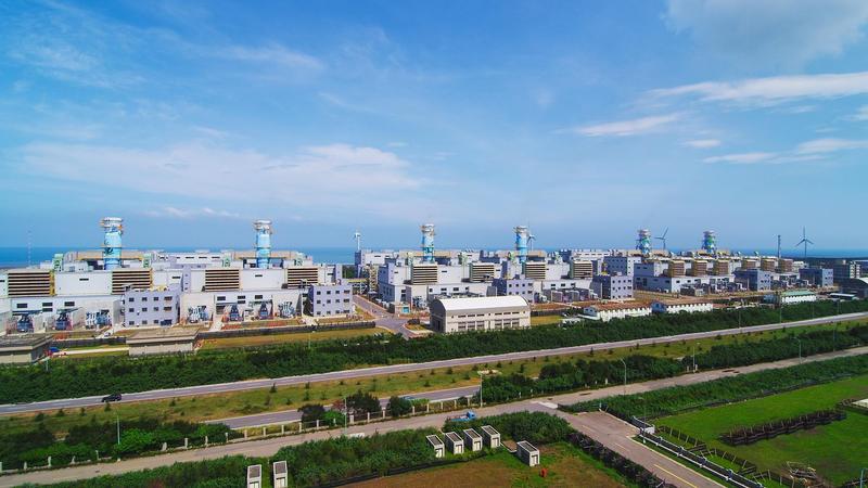 王應傑感慨青山綠水不再,才跨界蓋天然氣發電廠。